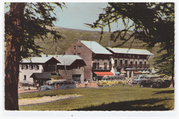 VALBERG - Le Chalet Canadien Et L'Hotel Des Mélèzes (anciens Bus Garés En Face) (carte Photo Animée) - Sonstige Gemeinden