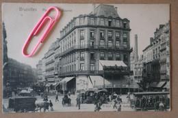 BRUXELLES : Place De La BOURSE Et Les Différents Trams Hippomobiles; Ex. IXELLES - BOURSE, Avant 1906 - Brussels (City)