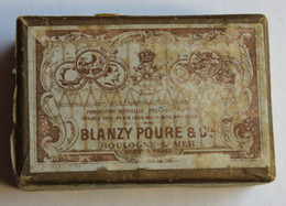 Boîte De Plumes Anciennes Blanzy Poure & Cie Boulogne Sur Mer Avec 45 Plumes Modèles Différents La Comtoise - Federn