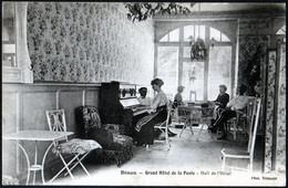 Dinan Grand Hotel De La Poste Hall De L'hôtel Animation Militaires Officiers Piano Atmosphère Années 20 Non Voyagé TB - Dinan