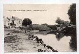 - CPA SAINT-NICOLAS-DE-REDON (44) - Le Canal Vers Le Pont (avec Lavandières) - Edition Chapeau N° 18 - - Autres Communes