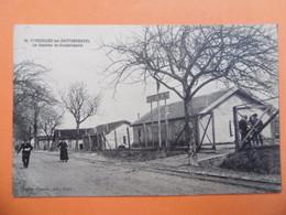 VIGNEULLES Les HATTONCHATEL  ( MEUSE ) N° 10 La Caserne De Gendarmerie - Altri Comuni