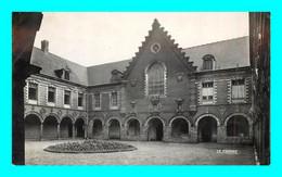 A900 / 015 59 - SECLIN Hospice Cour D'Honneur - Seclin