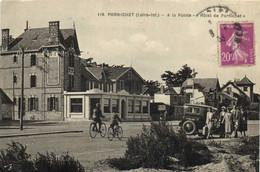 """PORNICHET  A La Pointe """"Hotel De Pornichet"""" Voiture  D' Epoque Cyclistes RV - Pornichet"""