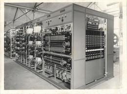 Photo Originale Société Ateliers Electriques De PIERREFITTE -PTT Station Relais Telephonique L.S.G.D. REDON-VUE Arriere - Non Classés