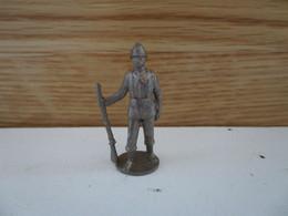 Soldat  Kinder Métal Jahrhundert Geimener - Figurine In Metallo
