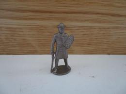 Soldat  Kinder Métal Chevalier Anglais - Figurine In Metallo