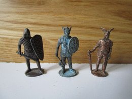 Soldat  Kinder Métal  3 Krieger - Figurine In Metallo