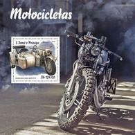 S. TOME & PRINCIPE 2019 - Motorcycles: BMW - YT BF1218, CV=19 € - Motorbikes