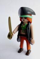 FIGURINES PLAYMOBIL PIRATES TATOUE  CONCERNE Boîte 5855 - Playmobil