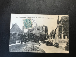 42 - NEVERS Petit Jardin De La Place De La Republique - 1907 Timbrée - Nevers
