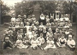 LAUWE BELGIQUE - Ancienne Photo 1950 école Maternelle - 17x12 Cm - Lieux