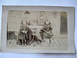LONS LE SAUNIER (39) - CARTE PHOTO Photographie De Famille - 1909 - BE - Lons Le Saunier