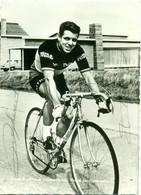 Foto Van Guido Reybroeck - Beroepsrenner - Kampioen Van België 1966 Met Originele Handtekening - Fotos Dedicadas