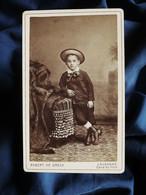 Photo CDV Robert De Greck à Lausanne - Petit Garçon Au Chapeau De Paille, Circa 1890-95 L396 - Oud (voor 1900)