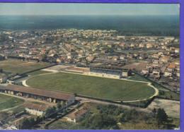 Carte Postale 40. Morcenx  Stade De Rugy Et De Football  Très Beau Plan - Morcenx
