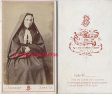 CDV Religieuse-par Jules Béranger-rue Du Neuf Bourg à Saint Lo - Anciennes (Av. 1900)