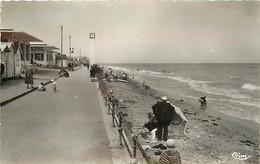 14 LUC SUR MER - La  Plage A Marée Basse - Luc Sur Mer