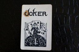 Joker- Playcards The World Joker / Carte A Jouer/ 1 Dos De Cartes Avec Publicité / Spiritueux Hasselt Fovel Bruxelles - Autres
