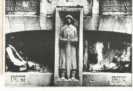 CPSM ,Belgique , Tielt , Monument In De Kortrijkstraat ,Ed. E. Veys ,1972 - Tielt