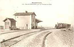 Cpa Du Bourbonnais, Gare De Rongères Près De Varennes Sur Allier (03), éd. Béguin Fils 116, 1914, Train, Locomotive - Autres Communes