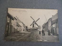 Aertrycke   De Dorpsplaats  Place Communale - Autres