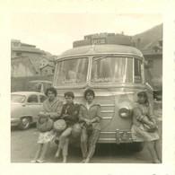 110921 - PHOTO - THEME TRANSPORT AUTOBUS CAR 46 LOT CAHORS VILLEFRANCHE TOURISME VOYAGEURS - Buses & Coaches