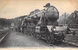 """CHEMIN DE FER DE P.L.M. - Train : Une Locomotive Type """" PACIFIC """" - CPA - - Treni"""