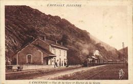 COURNIOU Vue De La Gare (Train à Vapeur) Et Rocher De La Grotte RV - Altri Comuni