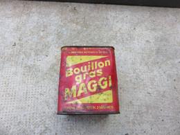 Bouillon Gras Maggi - Equipaggiamento