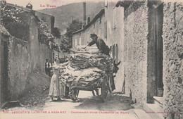CPA (81) MAZAMET  N° 1131 Industrie Lainière Chargement D' Une Charrette De Peaux Ouvrier Métier  2 Scans - Mazamet
