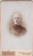 Photo CDV Orne Flers Portrait De De Madame E Baton Photo Aristide Ghezzi Flers  Réf 9785 - Identified Persons