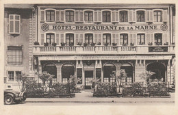 CPA:SELESTAT (67) HOTEL DE LA MARNE RUE DU 4ème ZOUAVES AUTO GARAGE - Selestat