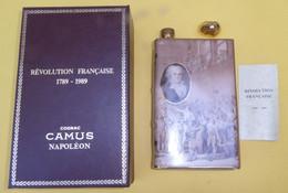 NAPOLEON Cognac CAMUS - Révolution Française - 1789-1989 Livre En Porcelaine De Limoges Dans Son Coffret - Spirits