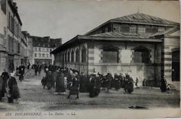 DOUARNENEZ.—Les Halles - Douarnenez