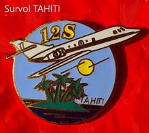 SUPER PIN'S AVION 12S : SURVOL TAHITI En émail Grand Feu Base Or De Qualité, Format 3X2,5cm - Airplanes