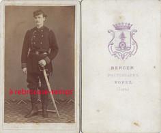 CDV Soldat Période 1870-photo Berger à Morez (Jura) - Guerre, Militaire