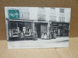 PARIS (75) Bureau Des Nourrices Rue Du Cherche Midi Devanture Animation - Arrondissement: 06
