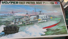 Plus Distribué ! Vaut Au Moins 85 Euros . COMPLET NON COMMENCE , MOTORISABLE !!! TAMIYA 1/72e VOSPER - Barche