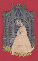 Souvenir De Première Communion ...  Joli Découpi ... Communiante , Choeur D'Eglise - 4  ( Voir Verso ) - Communion