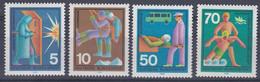Allemagne RFA 1970 497-500 ** Services De Secours Volontaires Usine Montagne Route Ambulance Sauvetage En Mer - Primeros Auxilios