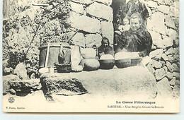 CORSE - SARTENE - Une Bergère Faisant Le Broccio - Autres Communes