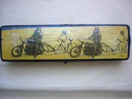 Ancien PLUMIER D'écolier  Vélodrome Motos Et Vélos Cyclisme DERNY - Sonstige