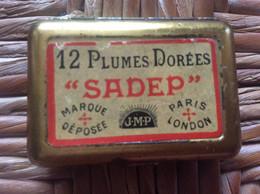 BOITE MÉTAL SADEP  12 Plumes Dorées  J.M.P. - Federn