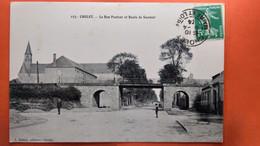 CPA.(49) Cholet. Le Bon Pasteur Et Route De Saumur. (S.104) - Cholet
