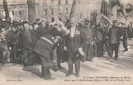 CPA (81) ALBI Colonel TEYSSIER Défenseur De Bitche Décoré Par Le Général JOFFRE Février 1913  2 Scans - Albi