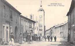30 - UCHAUD : Café Du Midi Et LHorloge ( Bonne Naimation- CPA Village (  Habitants )  - - Autres Communes