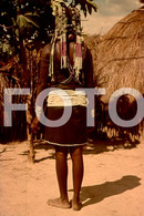 ANGOLA ETHNIC TRIBE NUDE NUE NACKT YOUNG GIRL WOMAN FEMME AFRICA AFRIQUE 35mm DIAPOSITIVE SLIDE NO PHOTO FOTO NB483 - Dias