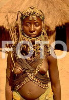 ANGOLA ETHNIC TRIBE NUDE NUE NACKT YOUNG GIRL WOMAN FEMME AFRICA AFRIQUE 35mm DIAPOSITIVE SLIDE NO PHOTO FOTO NB484 - Dias
