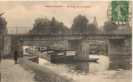 PENICHE        BERLAIMONT   LE PONT SUR LA SAMBRE - Houseboats